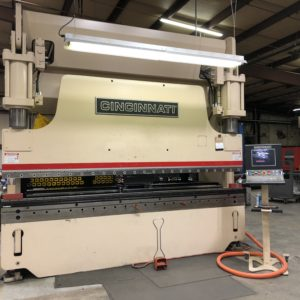 Cincinnati Brake / 230 Ton / 12' bed / CNC Crowning
